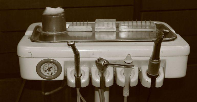 Quienes-fueron-los-primeros-odontólogos-1920