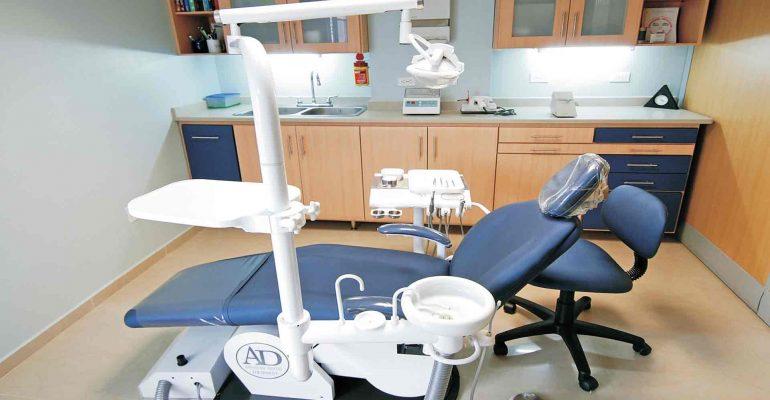 Adelanta-tu-visita-al-dentista-si-tienes-alguno-de-los-siguientes-síntomas-1920